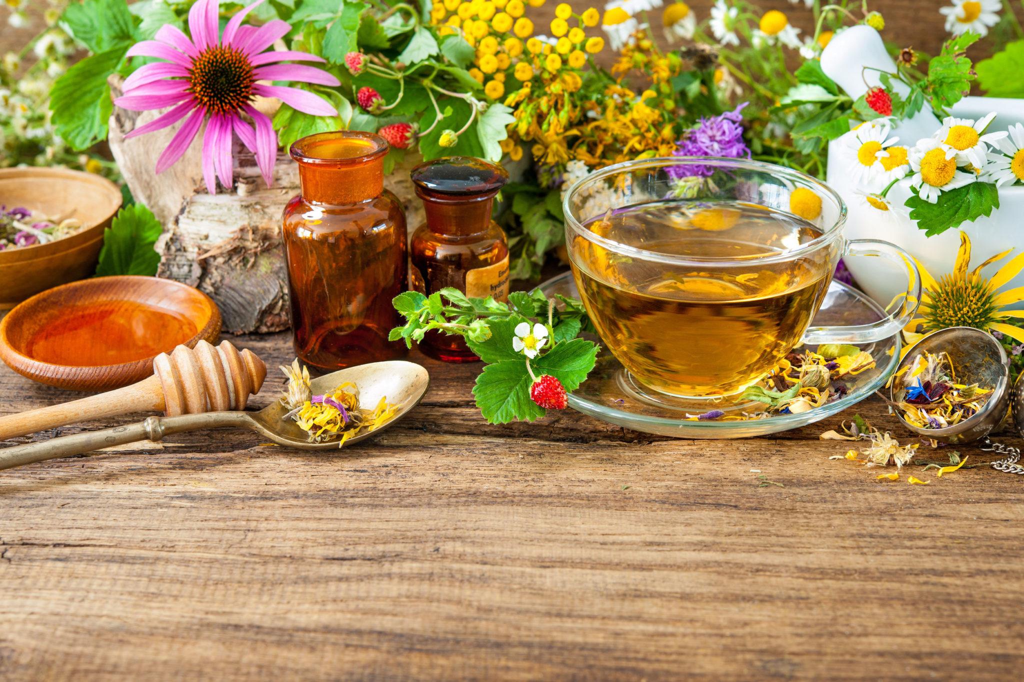 tè alle erbe benefici